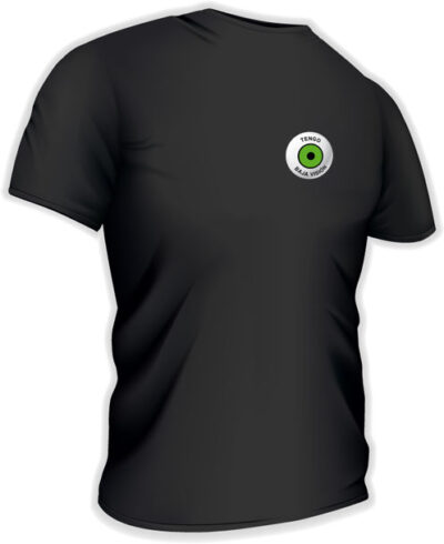 Camiseta con logo pequeño